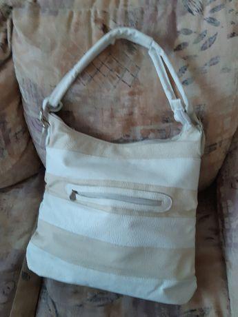 Нова дамска бяла чанта