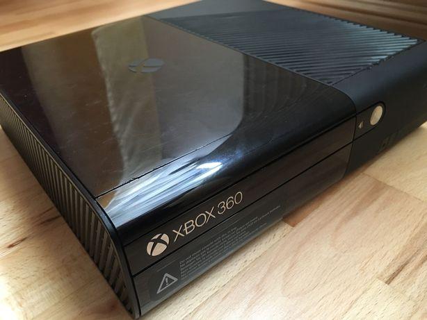 Consola Xbox 360E defecta