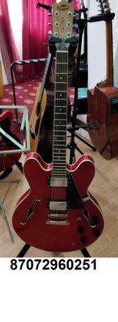 Продам электро гитару   Fender   Squier    Maxxis