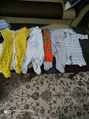 Одежда для новорожвенных