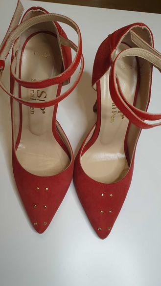 Промо!Елегантни обувки Sara Pen