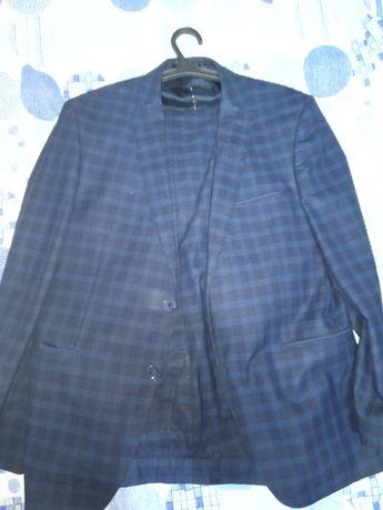 Продам мужской костюм, в отличном состоянии