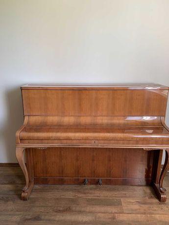 Пиано August Förster