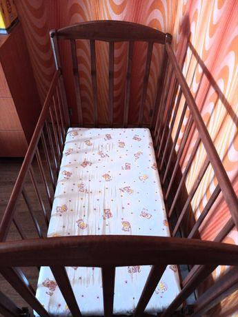 Продам кроватку для малыша