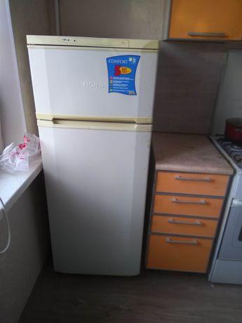 Холодильник  норд бу в хорошем состоянии морозильник мебель техника