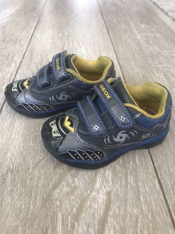 Обувки Geox 22 номер
