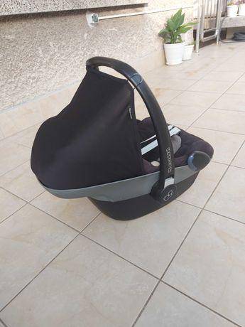 Maxi cosi Pebble детско кошче за кола