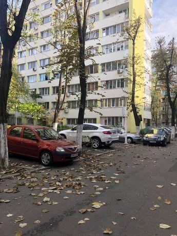 Vand-Schimb Apartament 3 camere cu 4 camere sector 2