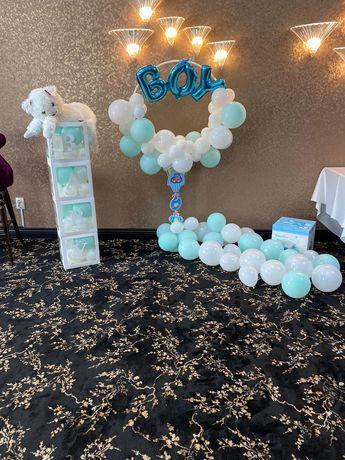 Aranjamente cu baloane pentru in, marturii lumânări și torturi pampers