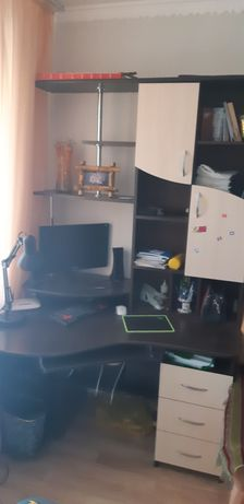 Продам рабочий стол, и компьютер