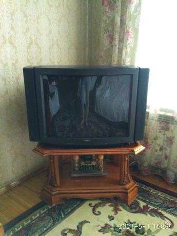 телевизор SONY TRINITRON COLOR TV, made JAPAN, колонки отстегиваются
