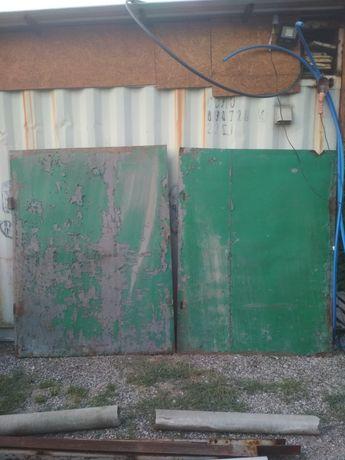 Ворота гаражные не большие