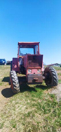 Tractor universal 445, modificat 4x4