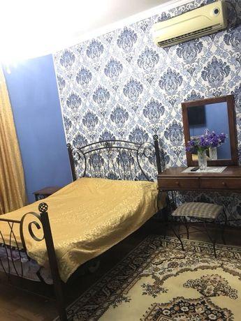 Очень чистая и уютная квартира! Одноразовая постель! Все удобства!