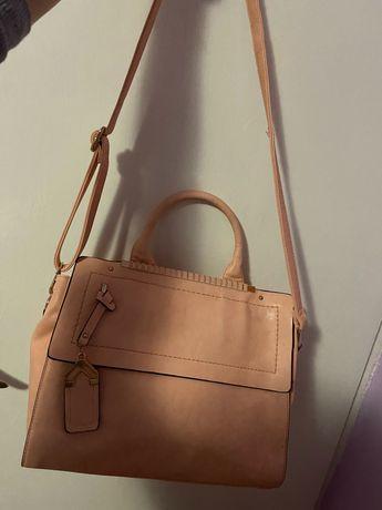 Дамска чантааааа