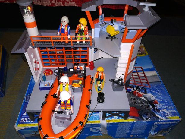 Stație salvvamari(lego)