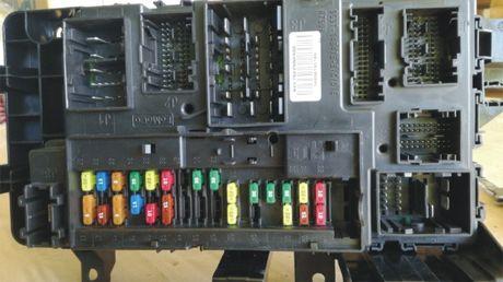 блок с бушоните за ФОРД - DG9T-14B476-B/C/D/E