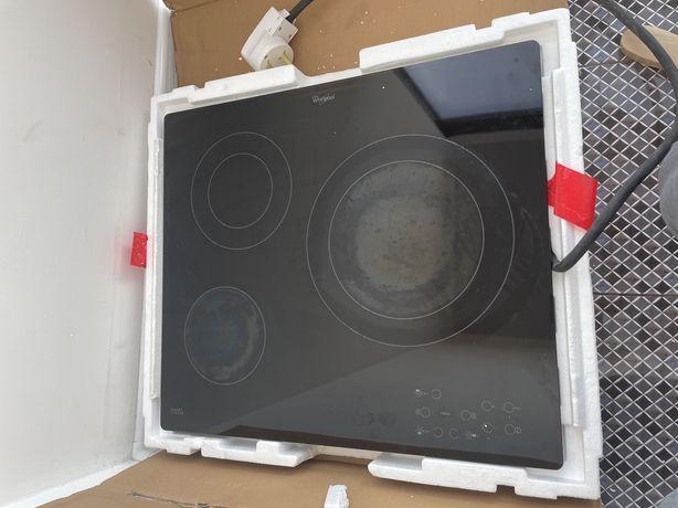 Индукционная варочная плита, стеклокерамическая, электрическая