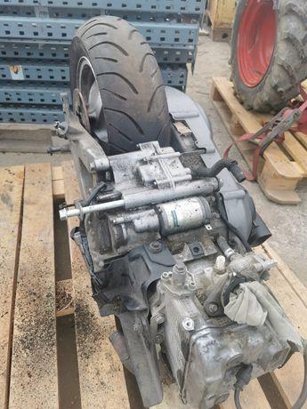 Motor Suzuki Burgman 400 variator/ambreiaj/plastic cutie portbagaj