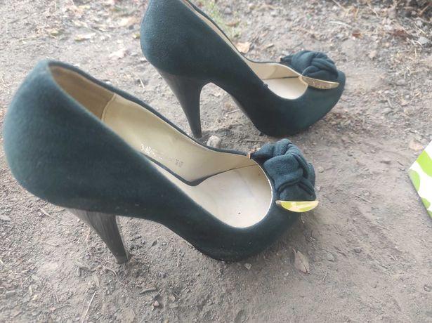 Туфли хорошего качества,36 размер б/у