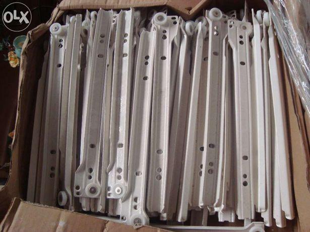 Lot de ~1000 sisteme de glisare Blum!