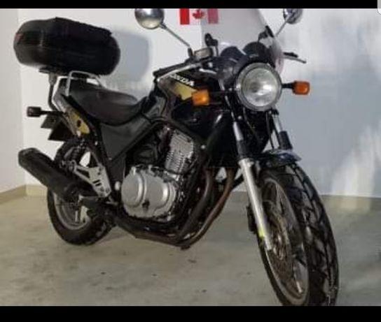 Dezmembrez Honda CB500 1997