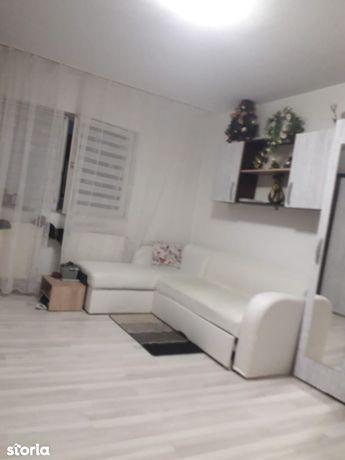 Apartament cu 2 camere etaj 1 zona Sagului, centrala proprie