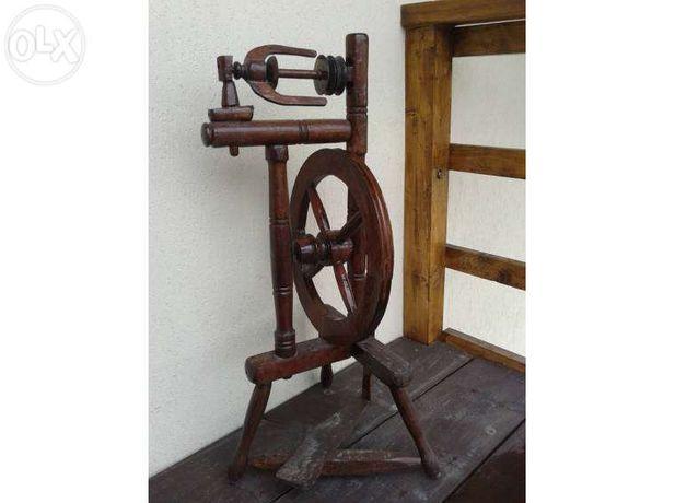 Torcatoare de lemn (Masina de tors lana)