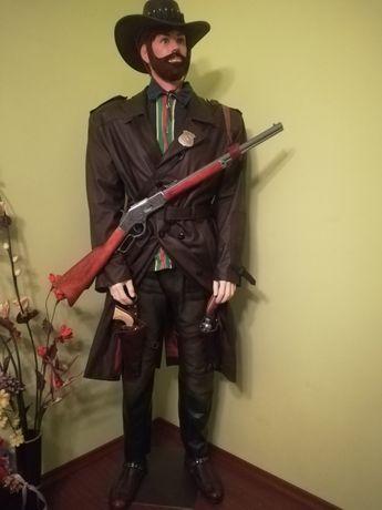 Автоматична пушка, револвер, пистолет. Масивни нестрелящи реплик