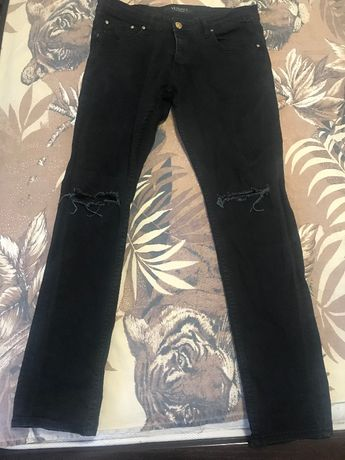 нови черни мъжки дънки версаче с емблема от л до хл