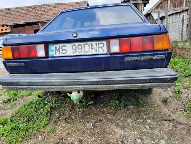 Vand /schimb  masina volkswagen santana cx negociabil!