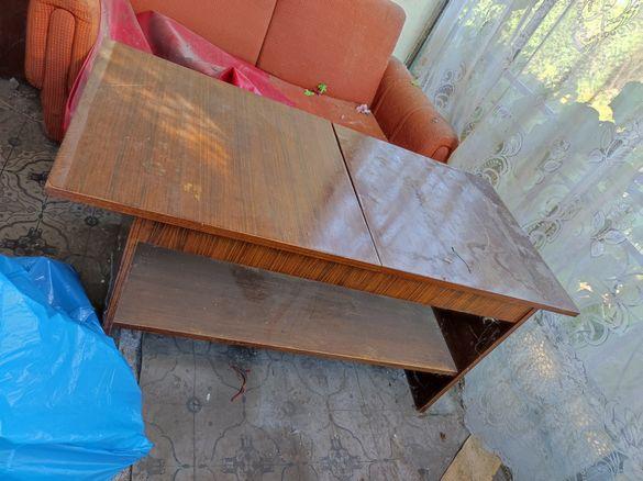 Дървена разтегателна маса