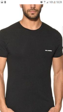 НОВА тениска KARL LAGERFELD.В Оригинална кутия, размер L/XL.