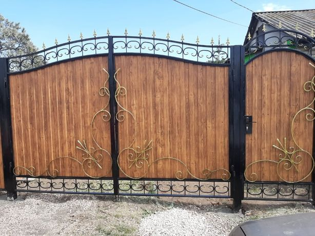 Забор и Ворота, Евроштакетник металлический