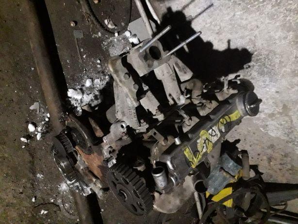 Двигатель опель C14NZ