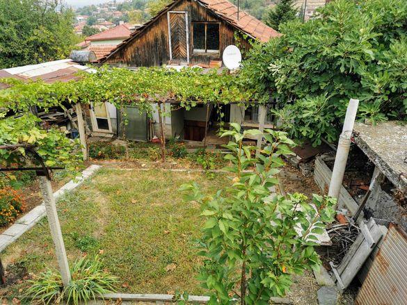 Къща с. Брестовица