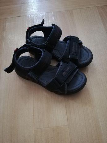 Летние сандали..