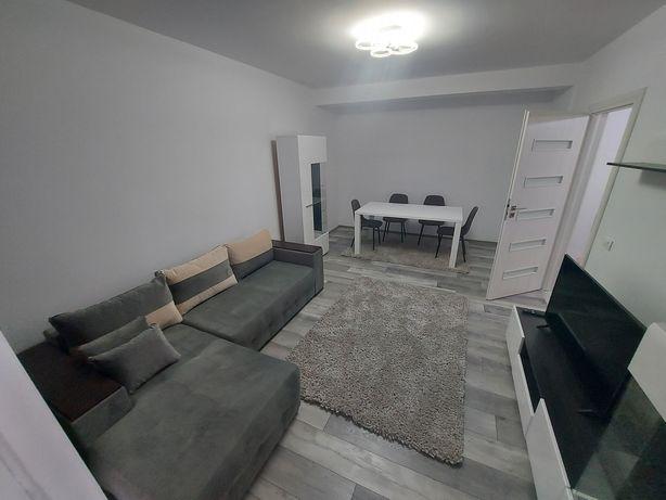 Inchiriez apartament Plaza Residence