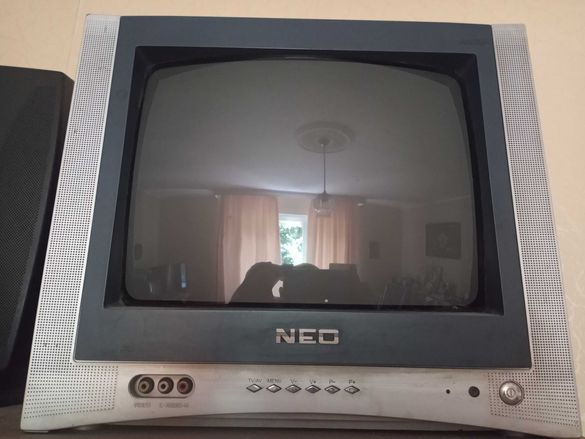 "Стар Кинескопен Телевизор NEO 14""."