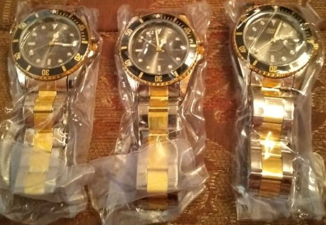 Продам часы новая