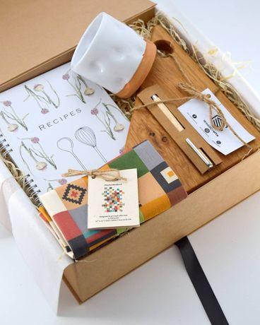 Cutia gospodinei - Gift box pentru ea