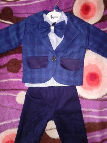 Costum băiețel