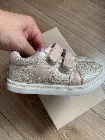 Pantofi fete 24 CCC