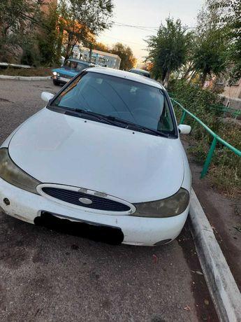 Автомобиль Ford Mondeo 2000