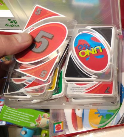 Нов Модел Карти Уно - Uno Plastic H2O в кутийка