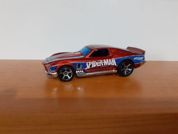 O mașinuța Hot.Wheels .