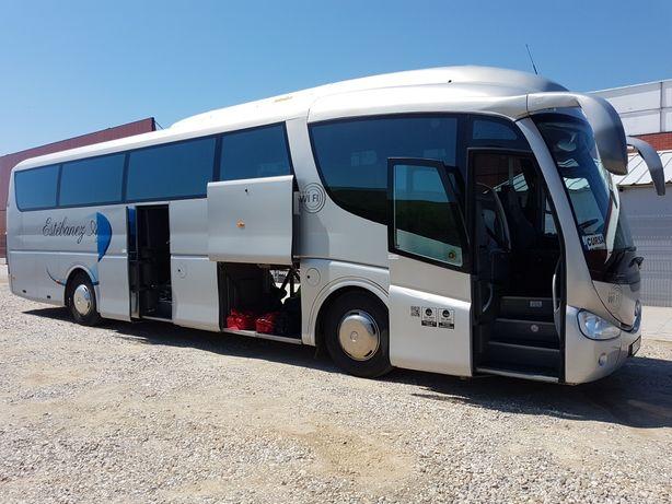 Transport persoane autocar si microbuz de inchiriat .