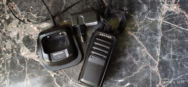 Продам радиостанцию Vector VT-44-Turbo
