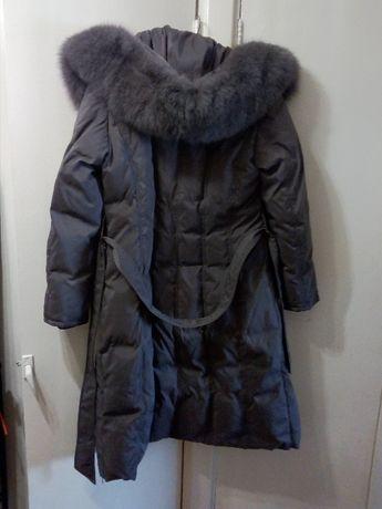 пальто - пуховик зимнее женское с капюшоном