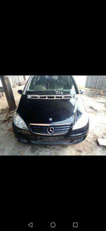 Mercedes A150 на части